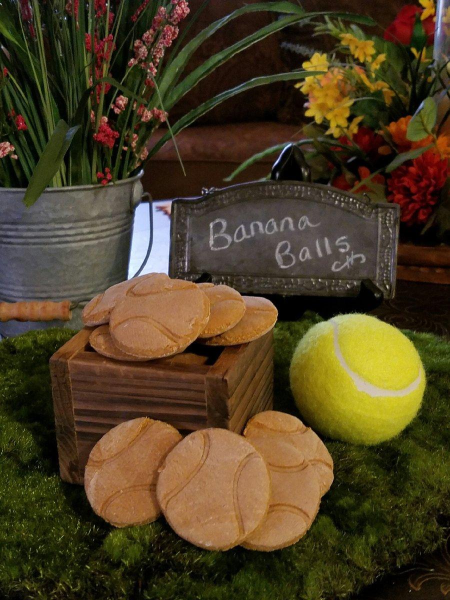 Mooch's Munches Banana Balls Dog Treats, 1/4-lb