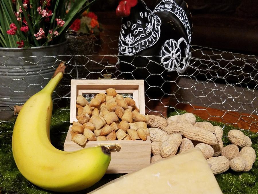 Mooch's Munches Trainers Banana Flavored Dog Treats, 1/4-lb
