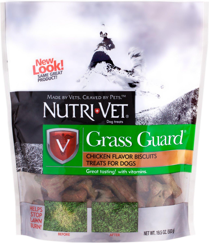 Nutri-Vet Grass Guard Wafers for Small & Medium Dogs Chicken Treats, 19.5-oz bag