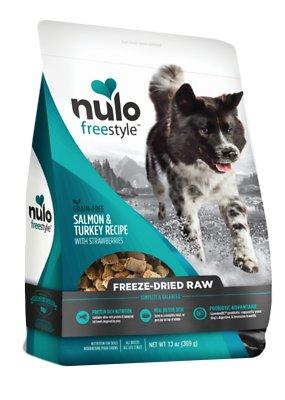 Nulo Dog Freestyle Grain-Free Salmon & Turkey Recipe With Strawberries Freeze-Dried Raw Dog Food, 13-oz bag