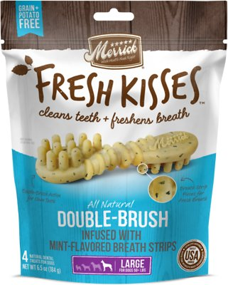 Merrick Fresh Kisses Double-Brush Mint Breath Strips Large Grain-Free Dental Dog Treats