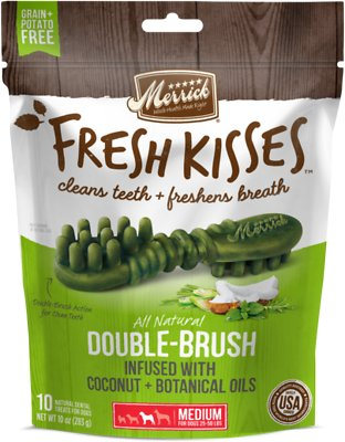 Merrick Fresh Kisses Double-Brush Coconut Oil & Botanicals Medium Grain-Free Dental Dog Treats