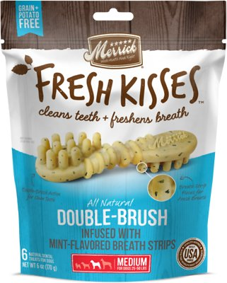 Merrick Fresh Kisses Double-Brush Mint Breath Strips Medium Grain-Free Dental Dog Treats, 6 count