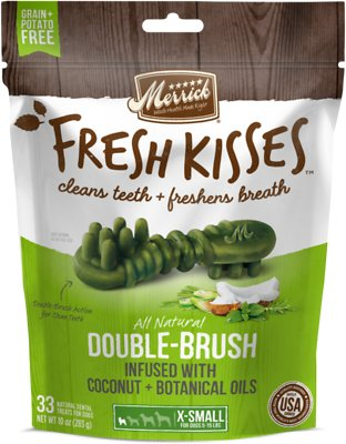 Merrick Fresh Kisses Double-Brush Coconut Oil & Botanicals Extra Small Grain-Free Dental Dog Treats