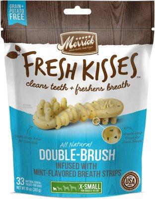 Merrick Fresh Kisses Double-Brush Mint Breath Strips Extra Small Grain-Free Dental Dog Treats, 33 count