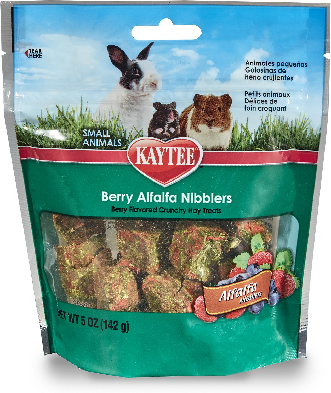 Kaytee Alfalfa Nibblers Berry Small Animal Treats, 5-oz bag