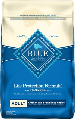 Blue Buffalo Life Protection Formula Adult Chicken & Brown Rice Recipe Dry Dog Food, 15-lb bag