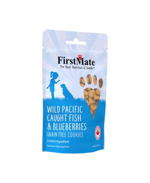 FirstMate Wild Pacific Caught Fish & Blueberries Dog Treat