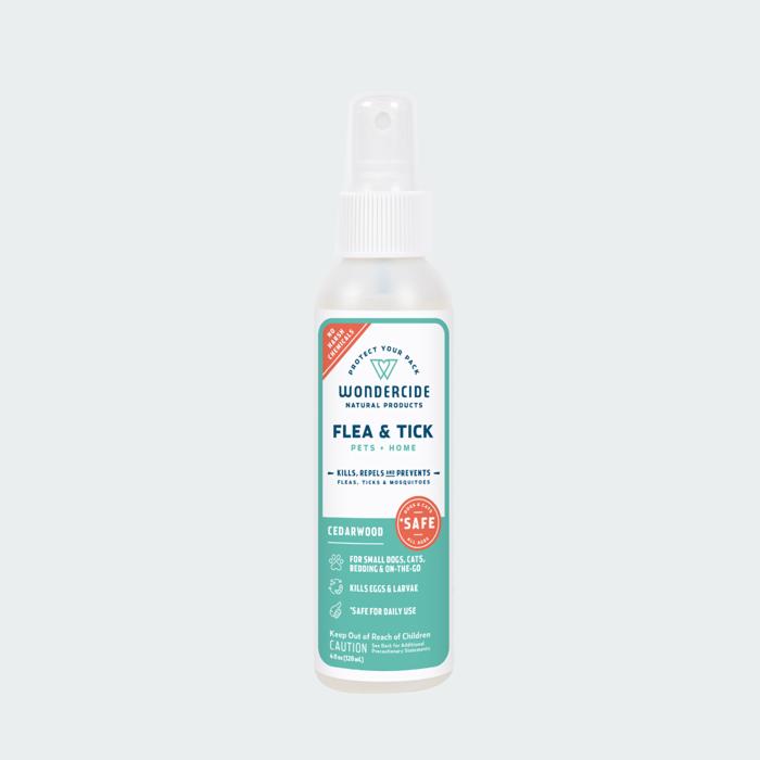 Wondercide 'FLEA & TICK' Natural Flea, Tick & Mosquito Control for Dogs, Cats & Home - Cedar Scent, 32-oz