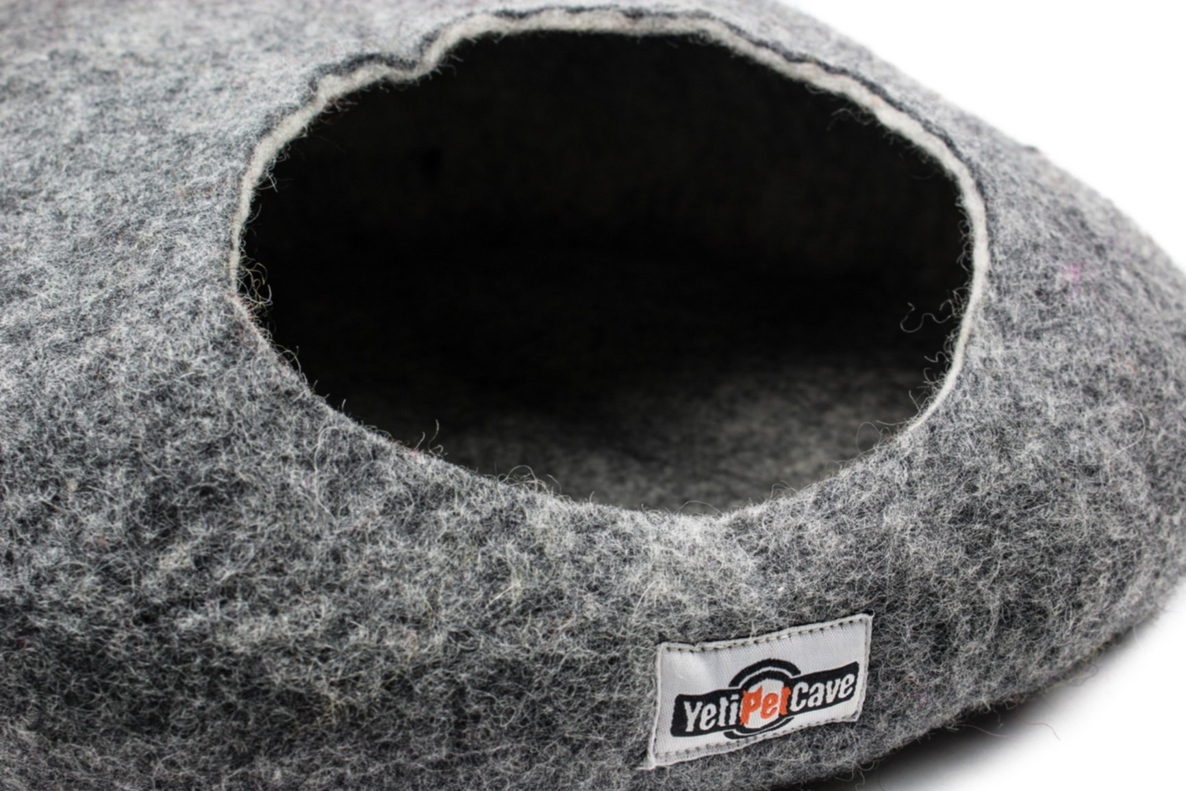 Yeti Pet Cave Cat Bed, Charcoal