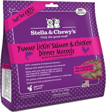 Stella & Chewy's Yummy Lickin' Salmon & Chicken Dinner Morsels Grain-Free Freeze-Dried Cat Food, 9-oz bag