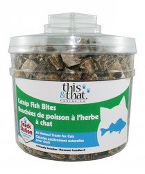 This & That Snack Station Catnip Fish Bites Cat Treats, 200-count