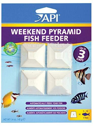 API Wekkend Pyramid Fish Feeder, 4-count