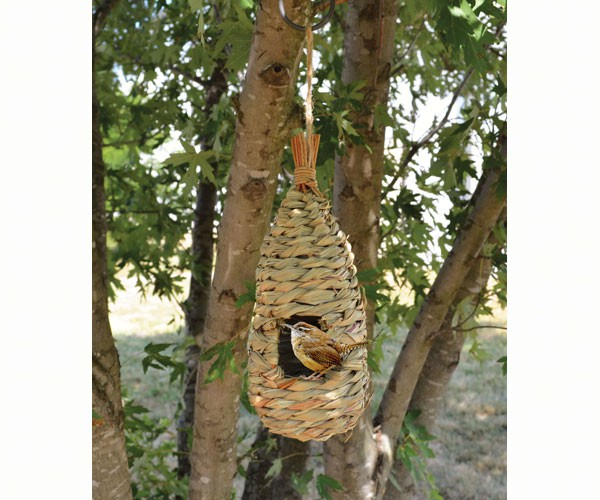 Songbird Essentials Hanging Grass Roosting Pocket Teardrop Bird House
