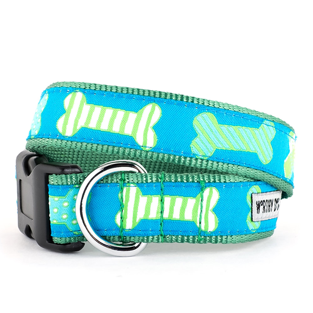 The Worthy Dog Collar, Preppy Bones Blue, Medium