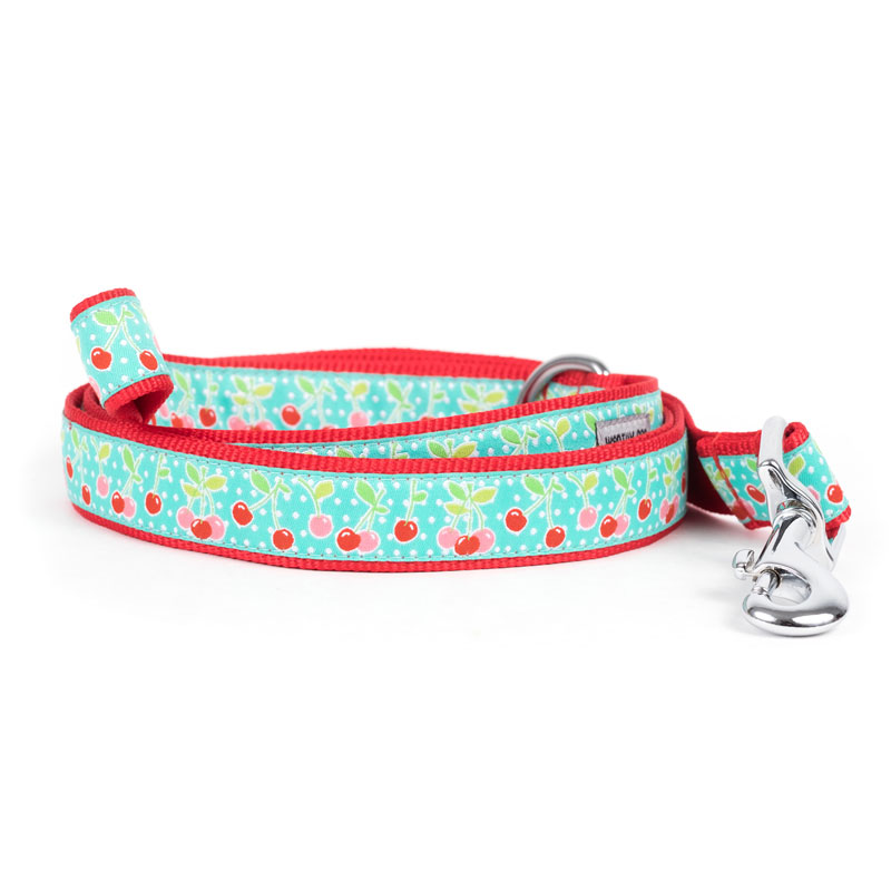 The Worthy Dog Leash, Cherries, Small (5/8-in)