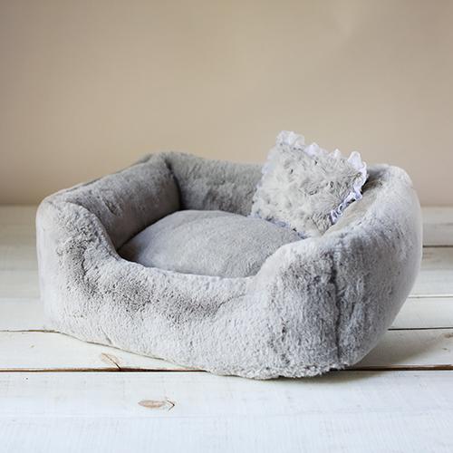 Hello Doggie The Divine Dog Bed, Dove Grey